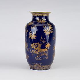 祭蓝描金冬瓜瓶