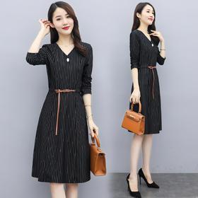 WZNH-QY20909优雅气质舒适修身连衣裙