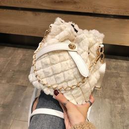 【时尚包包】毛绒包单肩斜挎女包2020秋冬新款韩版菱格链条手提包D1
