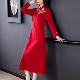 AHM-yslg8371新款优雅显瘦收腰刺绣连衣裙