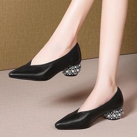 KBY-LD908粗跟尖头浅口四季单鞋女里外全皮中跟女鞋
