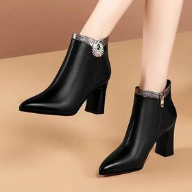 GLS3003Y新款水钻粗跟尖头踝靴时尚靴