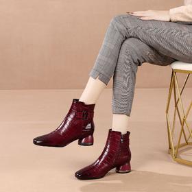 OLD-N673-F3215新款时尚真皮方头粗跟后拉链马丁靴TZF