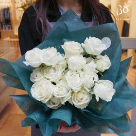 白玫瑰纯玫瑰11枝/19枝/33枝/52枝