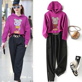 LSSZ-LS0101807新款时尚气质小熊烫钻连帽卫衣长裤两件套TZF