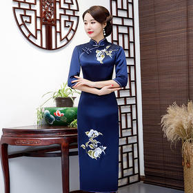 LHS1036新款中国风端庄大气修身显瘦立领五分袖开叉刺绣旗袍TZF
