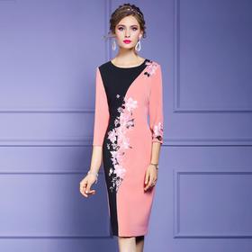 FMY33194新款时尚气质修身圆领七分袖撞色拼接绣花中长款连衣裙TZF