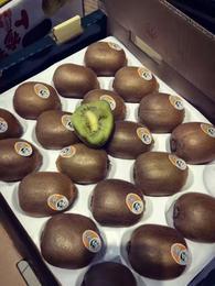 【半岛商城】百泽猕猴桃一箱 纯甜树上熟奇异果绿心猕猴桃4斤/箱(16-20枚/箱)1.11上午11点供货价格上调