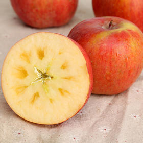 香甜脆爽的新疆阿克苏冰糖心苹果  汁多皮薄 肉厚核小  3斤/5斤/9斤装