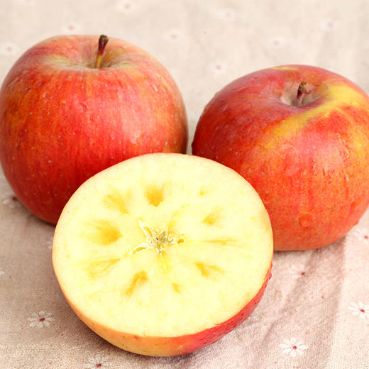 积分兑换丨香甜脆爽的新疆阿克苏冰糖心苹果  汁多皮薄 肉厚核小  3斤/5斤/9斤装 商品图2