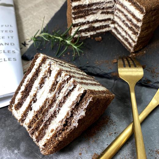 【进口版】俄罗斯进口版提拉米苏双山系列GKK蜂蜜奶油味多层蛋糕每个500g每个两种口味 商品图12
