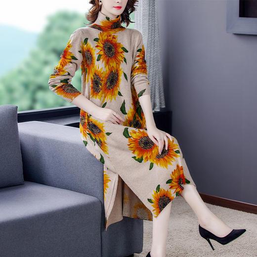 HT-BH-463-8119新款时尚优雅气质宽松立领长袖中长款印花针织连衣裙TZF 商品图4