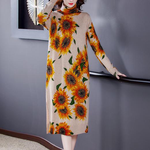 HT-BH-463-8119新款时尚优雅气质宽松立领长袖中长款印花针织连衣裙TZF 商品图0
