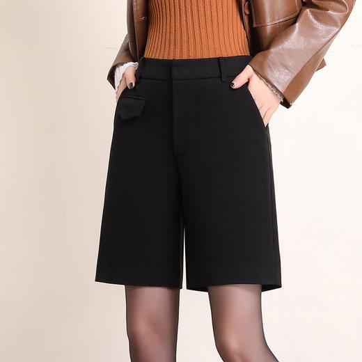 HRFS-WM88859新款时尚气质休闲百搭毛呢直筒五分短裤TZF 商品图1