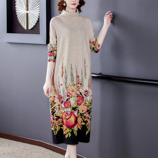 HT-BH-463-8170新款时尚优雅气质宽松高领长袖针织印花打底连衣裙TZF 商品图0