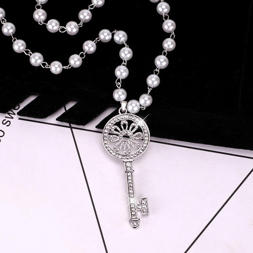 SJSP-SJ20171124YS新款时尚气质百搭长款钥匙珍珠毛衣链TZF 商品图4