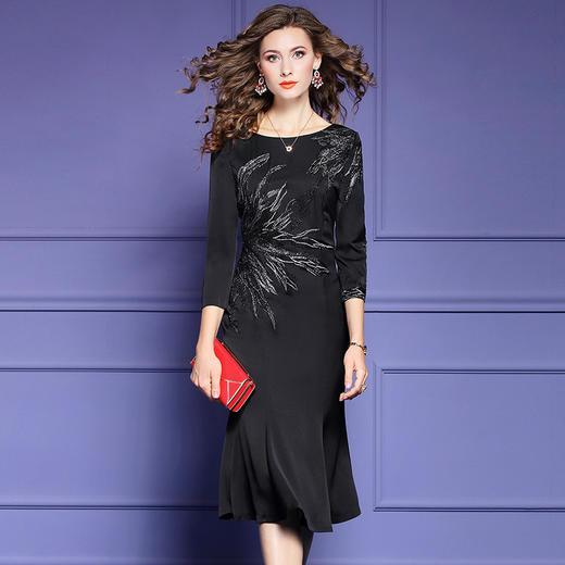 FMY33753新款优雅气质修身圆领七分袖中长款刺绣鱼尾裙TZF 商品图2