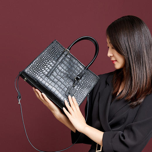 QSL1570新款时尚气质鳄鱼纹大容量手提单肩斜跨包TZF 商品图1