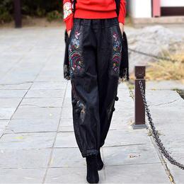 PDD-GYNZ210106新款民族风优雅气质宽松休闲加绒绣花坠感牛仔阔腿裤TZF
