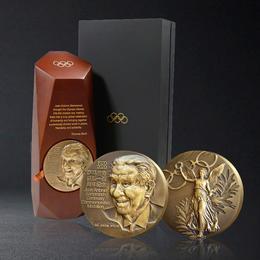 萨马兰奇80mm大铜章