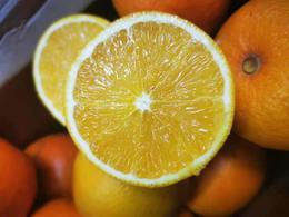 【半岛商城】云南冰糖橙 5斤/箱 13枚左右大果 外表不算出众,但口感却能征服你